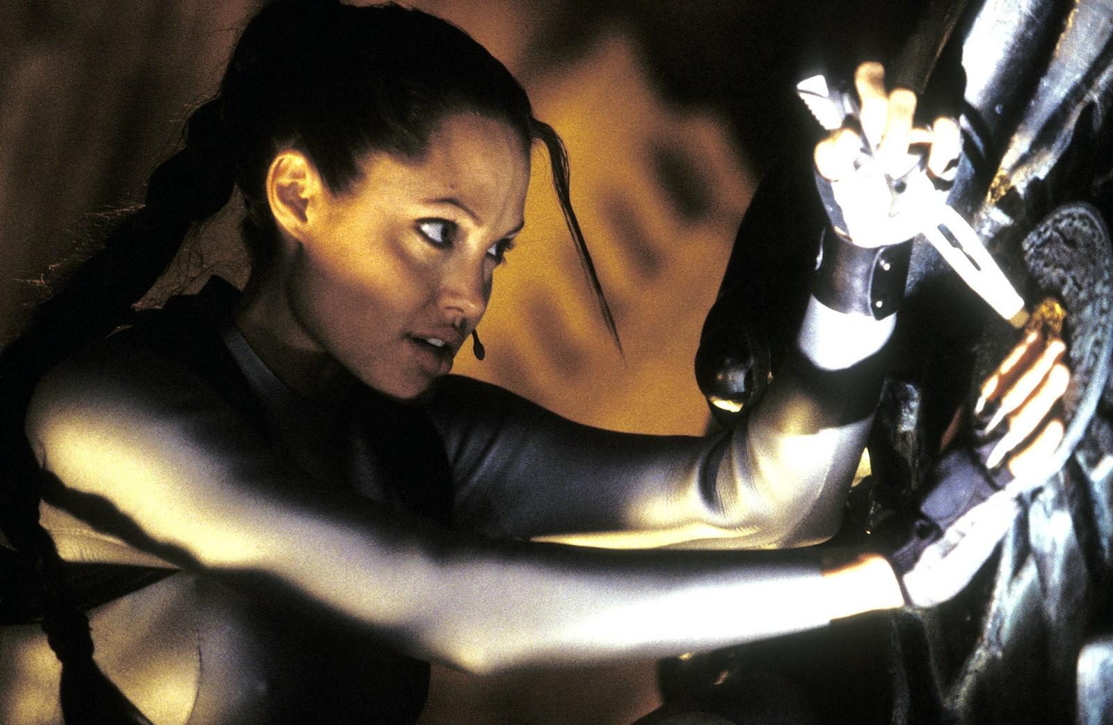 รีวิวเรื่อง Lara Croft Tomb Raider: The Cradle of Life (2003)
